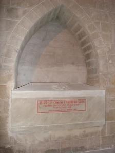 Catedral de Huesca. Capilla del popolo. Sarcófago de Don Javier Oses.