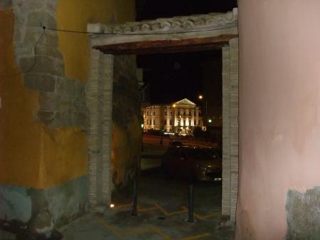 Casco Antiguo. Zona de la Muralla. LA PORTETA. Se trata de una de las pocas entradas en la ciudad de Huesca claramente identificable. Restaurada.