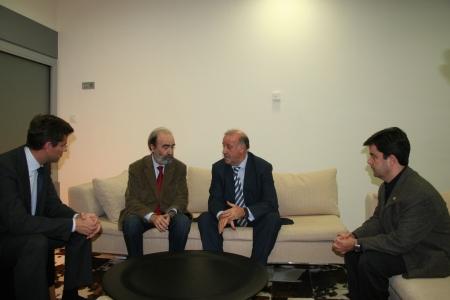 Mikel Iturbe, Fernando Elboj, Vicente del Bosque y Luis Felipe.