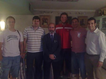 De izquierda a derecha: Fede Castelló,Antonio Gómez,Fernando Elboj, Larry Betrán, Llorens Mons y Juanjo Bona.