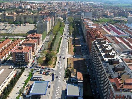 Huesca. Avenida Martínez de Velasco. 2007.