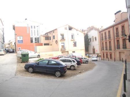 Huesca. Nuevo espacio monumental. Entre la calle Desengaño, calle Peligros y calle Canellas.