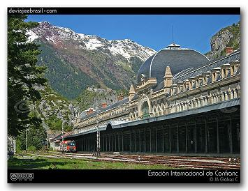 Huesca. Canfranc. Estación histórica.