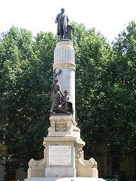 Madrid. Plaza de la Marina Española. Senado. Monumento dedicado a Cánovas del Castillo.