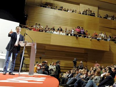 El Presidente Rodríguez Zapatero en un acto público del PSOE en Valladolid.