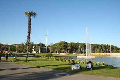 Huesca. Entorno Río Isuela. Parque Universidad.