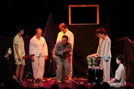Huesca. Talleres Municipales de Teatro. Montaje de Escaramujo Teatro.