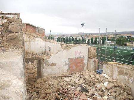 Huesca. Nuevo paisaje. Calle Desengaño, acceso nº 74. Derribado nº 78.
