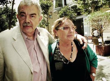 Pascual Maragall junto a su mujer, Diana Garrigosa
