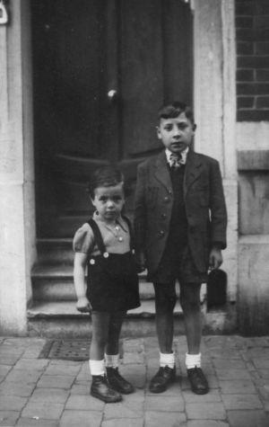 Zenon (izquierda) y Juanito (derecha).